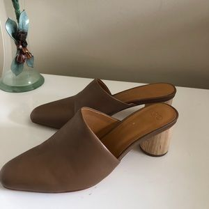 LoQ Tan Leather Mules Sz 6 37 Cylinder Heel